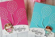 um cartão de aniversario